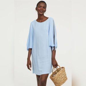 H&M | Trumpet Sleeve Shift Dress